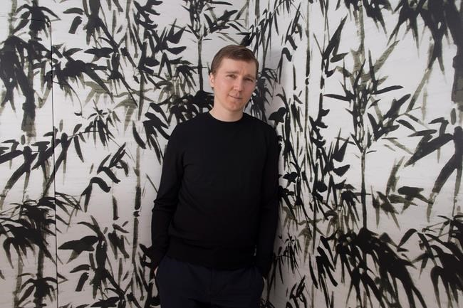 Cannes Q&A: Paul Dano on his directorial debut 'Wildlife ...