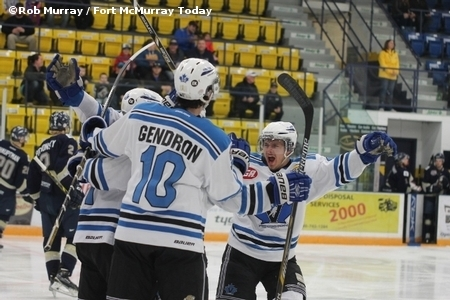 Vees Hammer Spruce Grove Western Canada Cup Opener Infonews