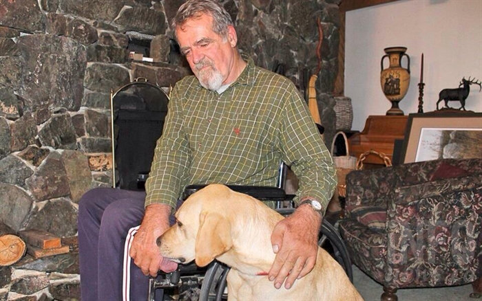 Perro regularly accompanies Glenn on his outdoor activities, but also joins him in the living room for some pets.