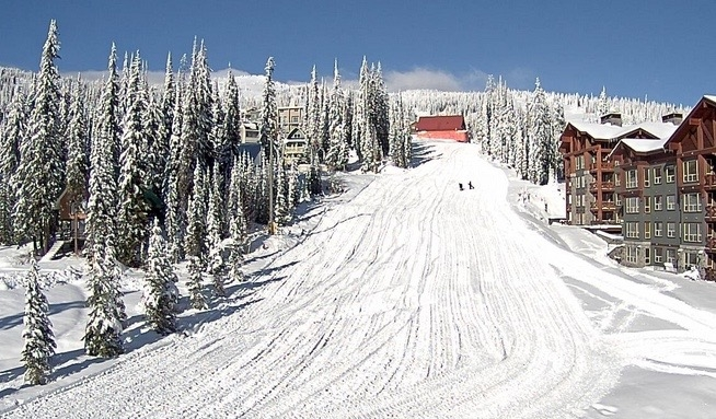 Big White to open early for the first time in years - InfoNews
