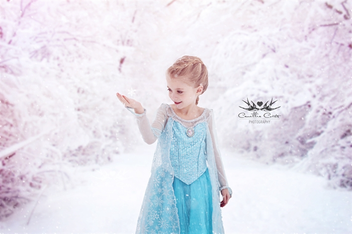 Layla as Elsa, from the Disney movie Frozen.