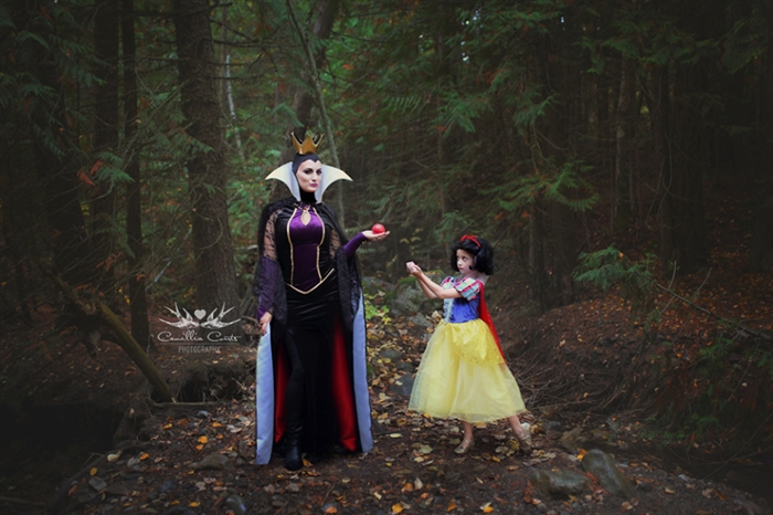 On special occasions like Halloween, Courts also has fun dressing up. Here, she's the evil queen and Layla is Snow White.