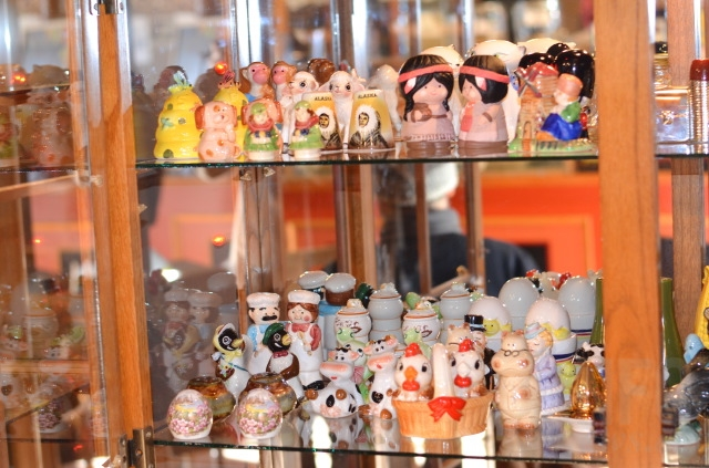 The story behind this collection of quirky salt and pepper shakers infonews - Salt and pepper shaker display case ...