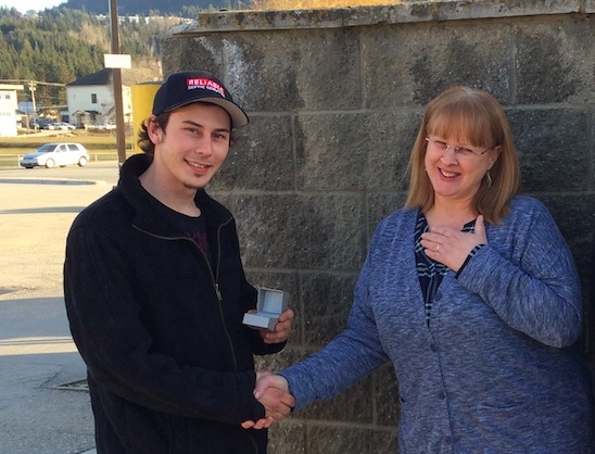 Jacob Starnyski presents the long-lost jewelry to Dani's mom, Donna.