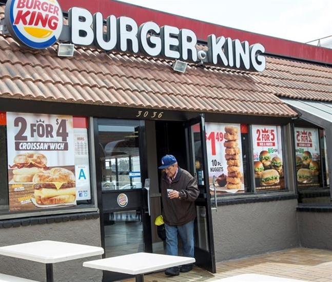 Wed Food Specials: Minnesota Burger King Workers Smash Windows After Prank