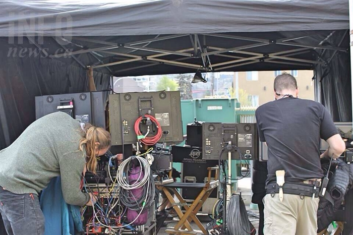 Because the set changes are frequent, it means those in charge of the film are moving their tent from place to place, bringing their equipment with them wherever they go.