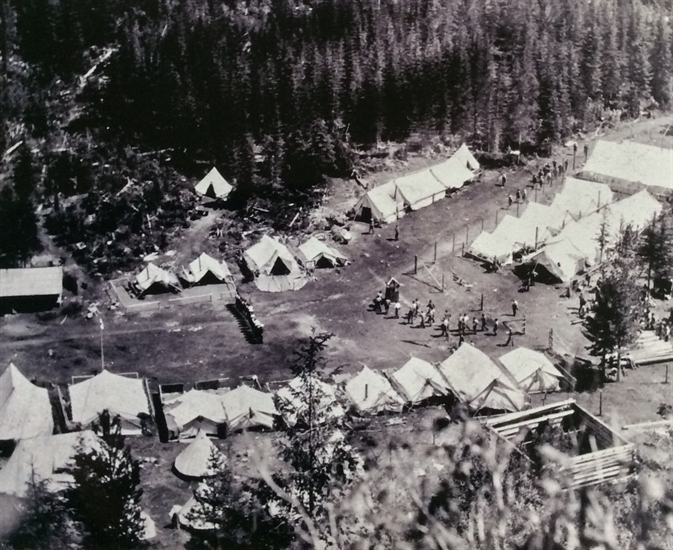 The Monashee Mountain camp held approximately 250-300 men.
