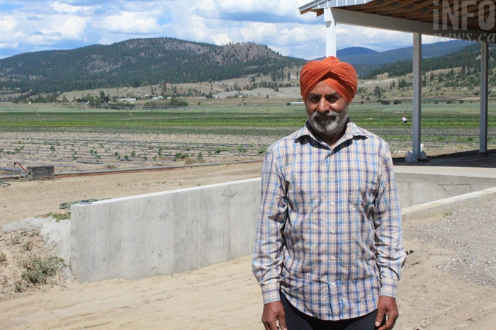 Avtar Hothi pulled a girl to safety after neighbours alerted him that she was drowning in the Thompson River.