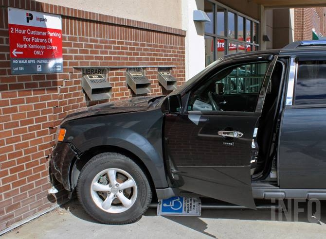 An SUV hit Kamloops' North Shore Library Sept. 6, 2016.