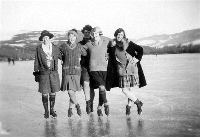 Skating on Long (Kalamalka) Lake. (left to right) Cathryn Simmons, Anna Fulton, Dorothy Price, Shiela Simmons, Eileen McNeil.