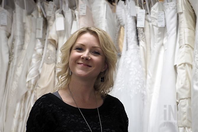 Love It Forward At Kelowna S Only Wedding Dress Consignment Store Infonews,Formal Dresses For Wedding South Africa