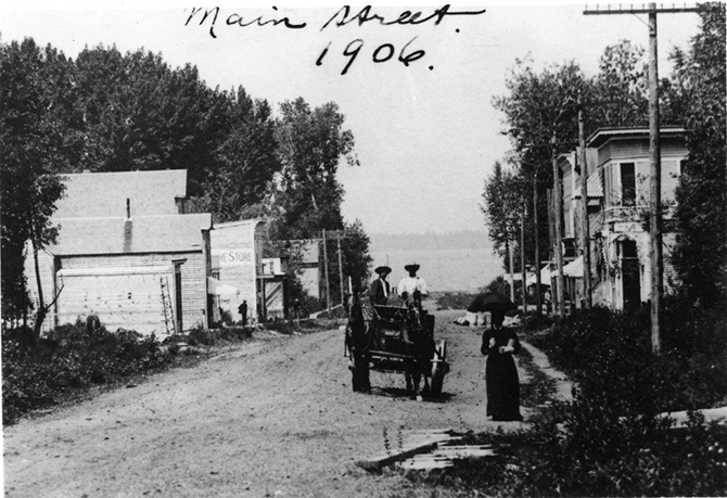 Penticton's Main Street in 1906. Thirteen years after the Archduke's visit to the community, little had changed as plans for an American rail link, talked about during Ferdinand's 1893 visit, never materialized.
