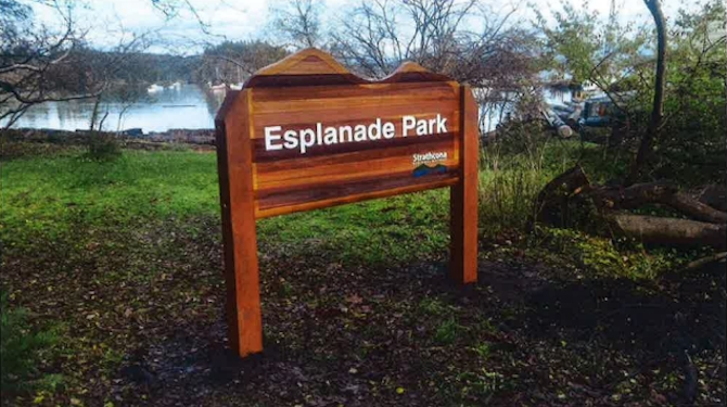 City staff recommend council approve new, cedar based signage for West Kelowna.