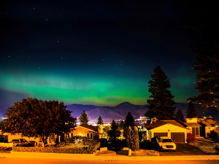 Photographer Hoang Vu was able to capture the aurora borealis in the Kamloops sky on Sept. 27, 2017.