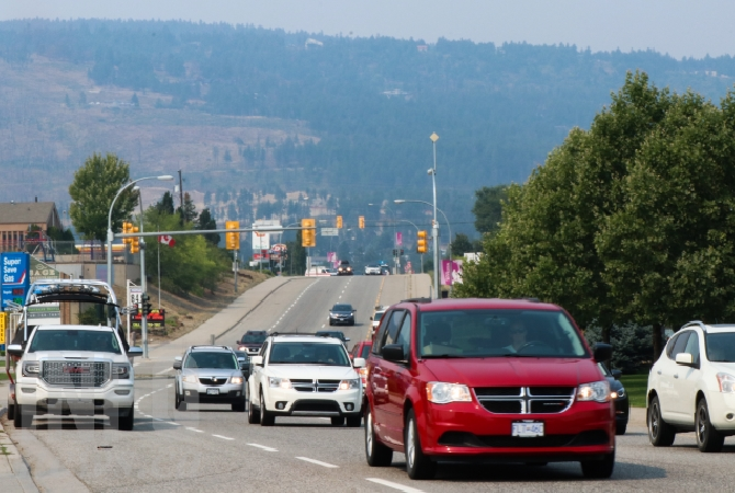 Facing west on Highway 97 in Kelowna, smoke from wildfires across the province is posing a moderate air quality risk to the Central Okanagan.