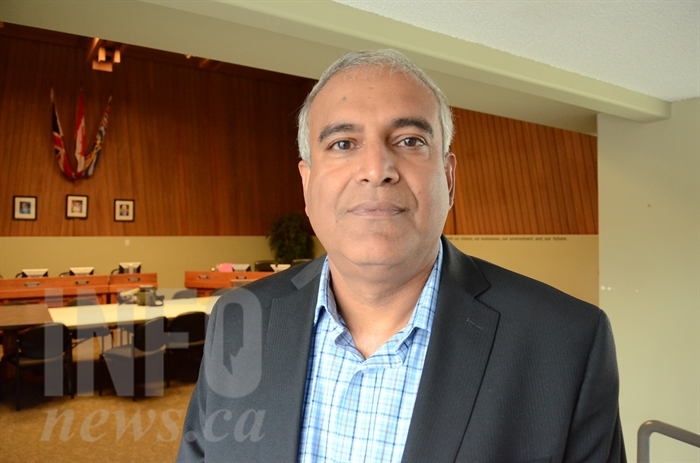 Vernon Mayor Akbal Mund won't be running for mayor in this fall's election.