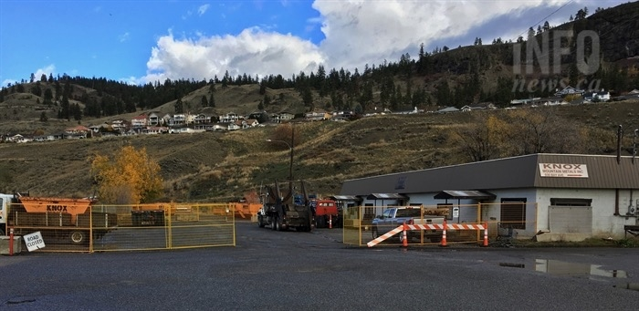 Fencing blocks off Ethel Street, Friday, Nov. 2, 2018, to give Knox Mountain Metals in Kelowna room to work.