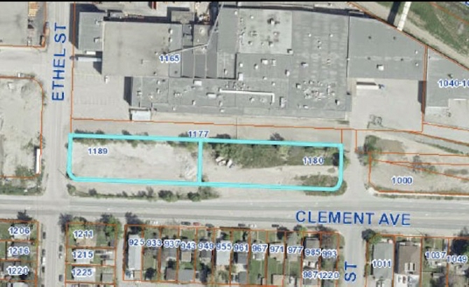 This map shows the location of a proposed car wash and gas station in Kelowna.