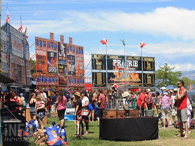 The last day of Ribfest saw a steady line up of customers at Okanagan Lake Park.