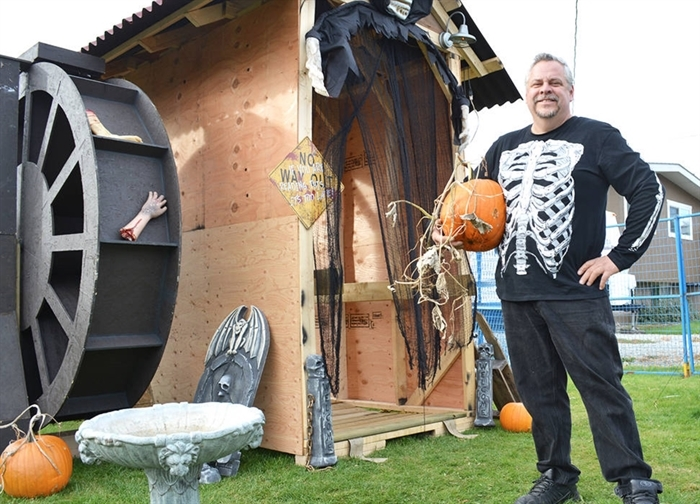 Paul Coxe's Grenfell Road haunted house is taking its trademark scariness to the streets this year.