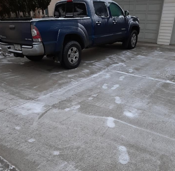 Residents found footprints in the snow.
