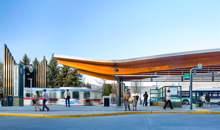 The Queensway bus shelter won a number of design awards but Kelowna's new pop-up loo won't have this sweeping roof when it's installed in behind it.