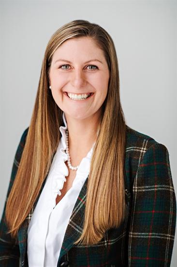 Co-founder of Mind Cure Health, Kelsey Ramsden.