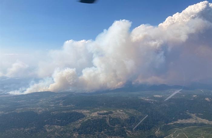 White Rock Lake wildfire reaches nearly 18k hectares