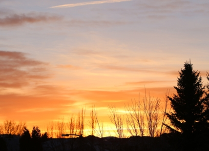 The sun rises on another warm week in Kamloops.