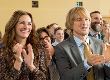 "This image released by Lionsgate shows Julia Roberts, left, and Owen Wilson in a scene from ""Wonder."""