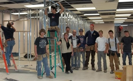 Volunteers help build the Brock Activity Centre in the Brock Shopping Mall.