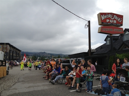 Lots of people came out to enjoy the annual Westside Daze parade despite the unsettled weather Saturday morning.
