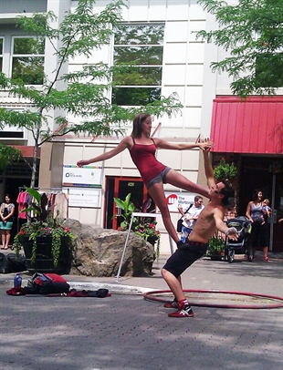 Street performers and musicians will compete in the Buskers Showdown Saturday.