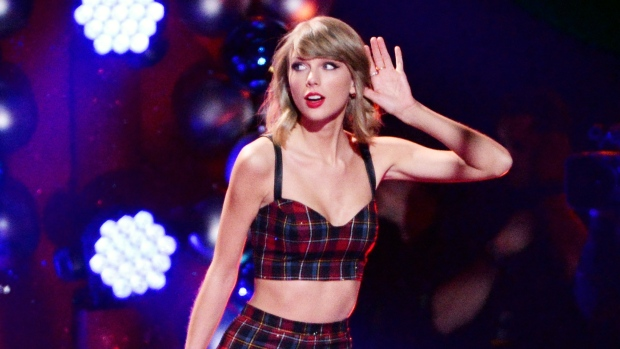 Taylor Swift performing at Z100 Jingle Ball 2014