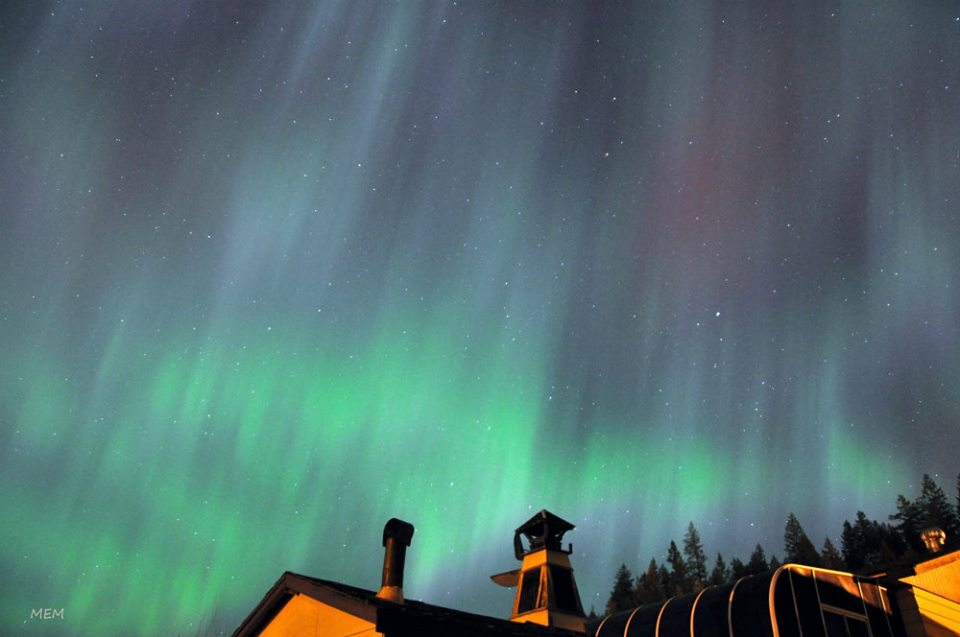 Another chance to see northern lights tonight infonews for Chance of seeing northern lights tonight