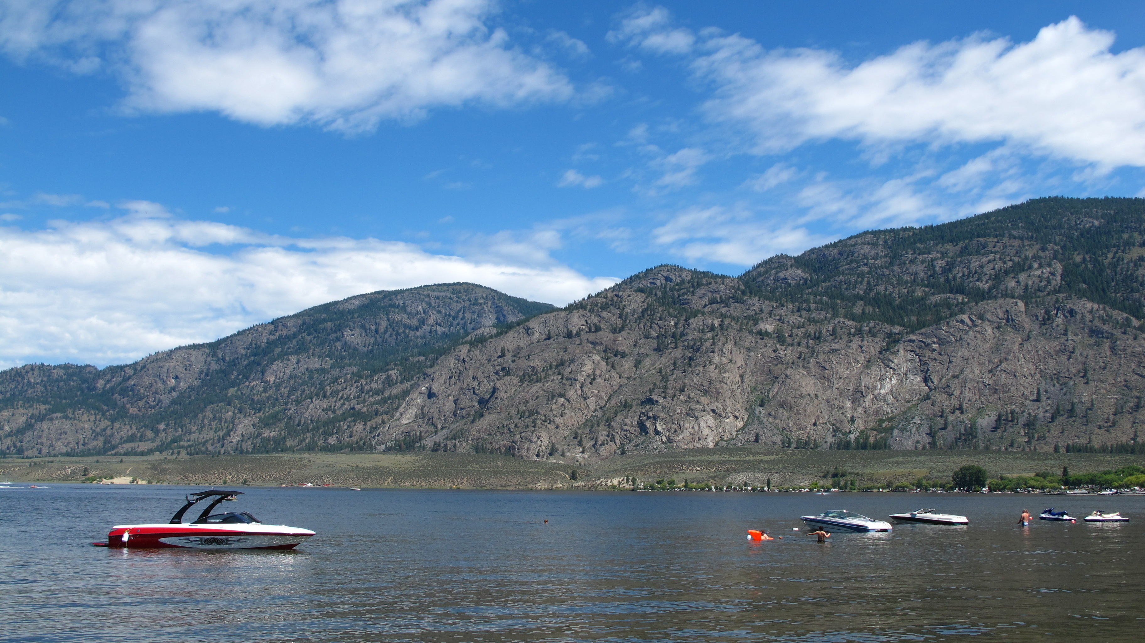 search continues for man missing in osoyoos lake infonews. Black Bedroom Furniture Sets. Home Design Ideas